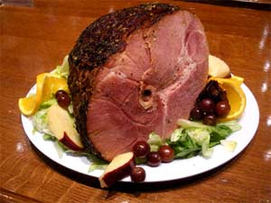 Try our delicious Smoked Ham with your Holiday Feast pre-order